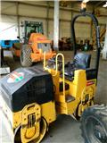 Bomag BW 80 AD-2, 2006, Twin drum rollers
