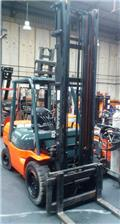 Toyota 02-7 FD JF 35, 2004, Diesel Forklifts