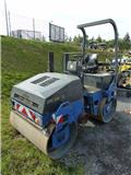 Bomag BW 138 AD, 2004, Twin drum rollers