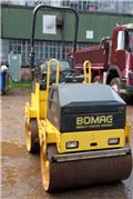 Bomag BW 100 AD M-2, 2010, Twin drum rollers