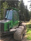 John Deere 810 D, 2006, Transportoare