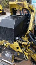 John Deere 754, 2010, Харвестерные головки