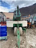 Cattaneo CM73, 2004, Self erecting cranes