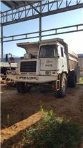 Perlini DP 255, 2000, Box body trucks
