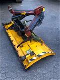 GMR FS 1700, Schneeschilde und -pflüge