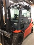 Toyota 8FBMT50, 2014, Electric forklift trucks