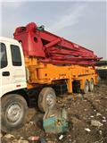 Isuzu 42M, Concrete pump trucks