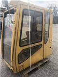 Caterpillar 320 B L, 2000, Kabina