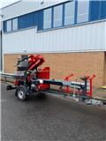 Farmi WP 36 road tow firewood processor, Houtklover