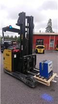 Yale MR25, 2011, Reach trucks