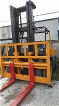 TCM FD100Z8, 2013, Chariot télescopique