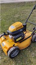 Stiga Multiclip 50، جز العشب خلف الكهف