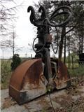 Atlas Chwytak Dwuszczękowy / ATLAS GREIFER 600mm E32, 2006, Drapáky