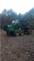 John Deere 1110 E, 2011, Forwarders