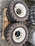 Firestone 10-16,5 Super Traction, Renkaat ja vanteet