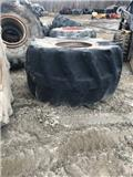 Goodyear 67x34.00-26NHS, Tyres, wheels and rims