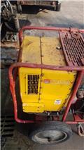 Hatz 1D80C, Двигатели