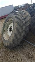 Trelleborg Pneus 16.9-38 Florestais, Tyres, wheels and rims