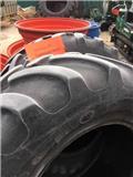 Firestone 440/65R24 Tyres, 2019, Mga gulong