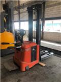 Toyota 7SLL/16F, 2006, Self propelled stackers