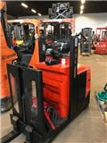 BT OSE 100 W, 2008, Low lift order picker