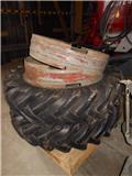 Trelleborg 13.6X36, Dual wheels