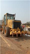 Shantui SG18-3、2011、モーターグレーダー