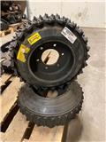 Ett par MENSE matarhjul H745, Harvester head