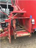 Trioliet 2-24 Twin Auger, 2011, Feed mixer