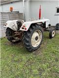 David Brown 780, Traktori