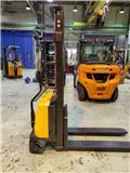 ABT CDD10B, 2009, Hand pallet stackers