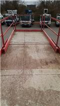 HOLLAND LIFT B165 DL25, Scissor lifts, Construction