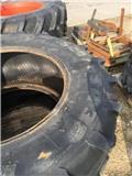 Pirelli 520/85 R38, Ratai