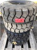 Lagerrensning Truckdäck 21/8-9 14PR, Tyres, wheels and rims