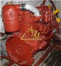 АМЗ А-01М, Двигуни