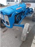 Fordson Dexta, Traktori