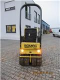 Bomag BW 90 AC-2, 2004, Twin drum rollers