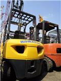 Komatsu FD 30 T-16, 2013, Diesel Forklifts