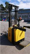 Yale 15, 2008, Self propelled stackers