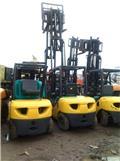 Komatsu FD 30 T-16, Diesel Forklifts