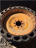 JCB skidsteer, Tyres, wheels and rims