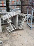Layher Kederdach / Roof, Pastolių įrengimai