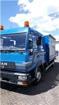 Тентованный грузовик MAN LE180C, 2001 г., 272000 ч.