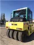 Ammann AP 240, 2011, Rouleaux à pneumatiques