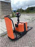 BT LPE 200, 2013, Pedestrian stacker