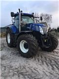 New Holland T 7.270 AC, 2012, Tractoren