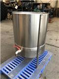 Melkmixer 200RSWE/c, 2013, Other livestock machinery and accessories