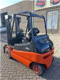 Linde E25, Electric Forklifts