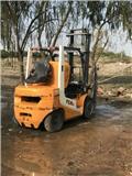 TCM FD30T6, 2012, Reach trak
