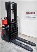 Toyota SWE140, 2017, Pedestrian stacker